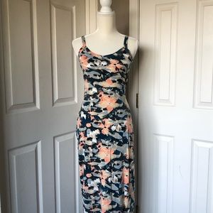 Tropical Sweetheart-neck Maxi w/ trumpet skirt